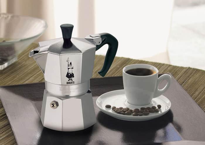 como-fazer-cafe-cafeteira